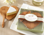 'Tastefully Yours' Heart-Shaped Bamboo Cheese Board